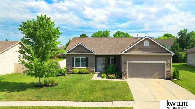 20858 Flavin Circle, Omaha, NE 68022 (MLS #22013194) :: Capital City Realty Group