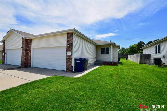 2519 W Timber Lake Drive, Lincoln, NE 68522 (MLS #22013229) :: The Briley Team