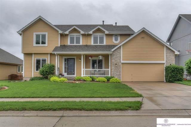 424 S 161 Street, Omaha, NE 68118 (MLS #22013262) :: Dodge County Realty Group