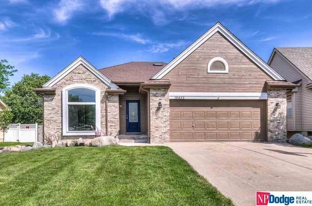 16422 Sprague, Omaha, NE 68116 (MLS #22013325) :: kwELITE