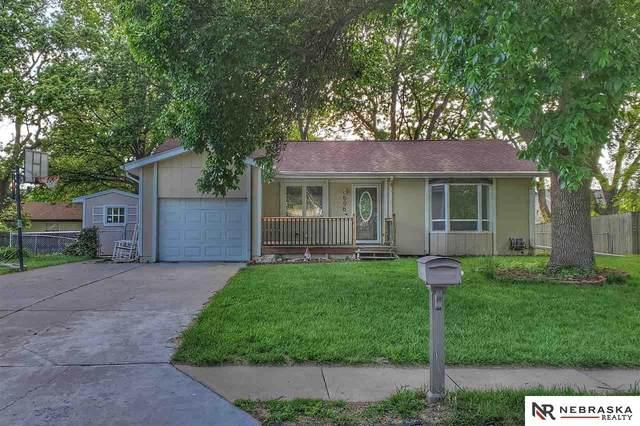 606 North Park Drive, Gretna, NE 68028 (MLS #22013368) :: Omaha Real Estate Group