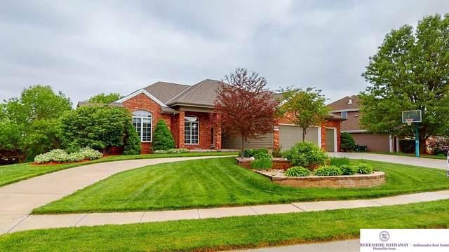 5619 N 165 Street, Omaha, NE 68116 (MLS #22013378) :: Omaha Real Estate Group