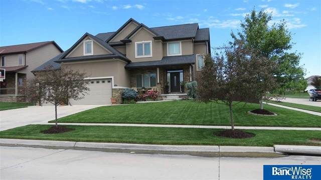 2932 Valley Stream Drive, Lincoln, NE 68516 (MLS #22013380) :: The Briley Team