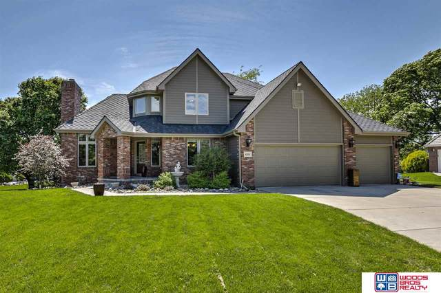 6201 Woodstock Circle, Lincoln, NE 68512 (MLS #22013385) :: The Briley Team