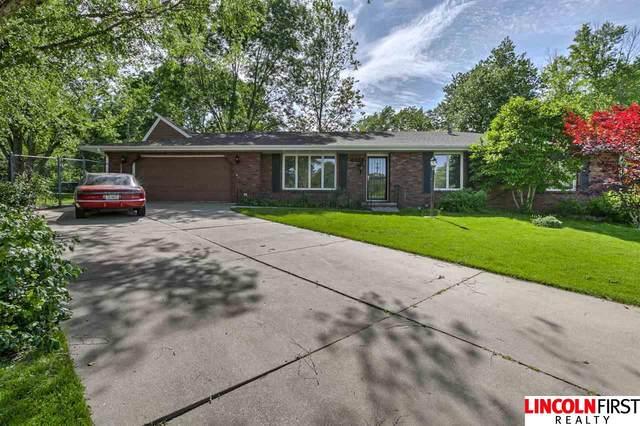 6307 Yellowstone Circle, Lincoln, NE 68510 (MLS #22013393) :: Lincoln Select Real Estate Group