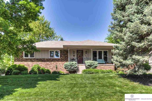 2036 S 141 Circle, Omaha, NE 68144 (MLS #22013424) :: Dodge County Realty Group