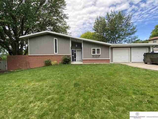 4221 S 32 Street, Lincoln, NE 68505 (MLS #22013435) :: Stuart & Associates Real Estate Group