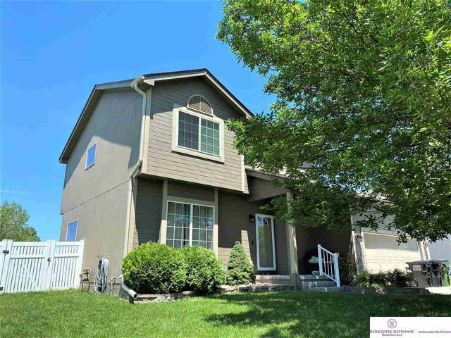 18770 Holmes Street, Omaha, NE 68135 (MLS #22013443) :: The Briley Team