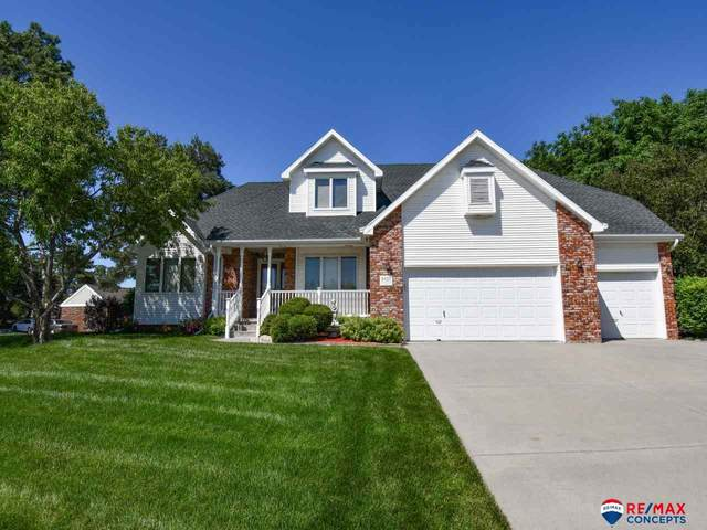 6420 Cape Charles Drive, Lincoln, NE 68516 (MLS #22013450) :: Stuart & Associates Real Estate Group