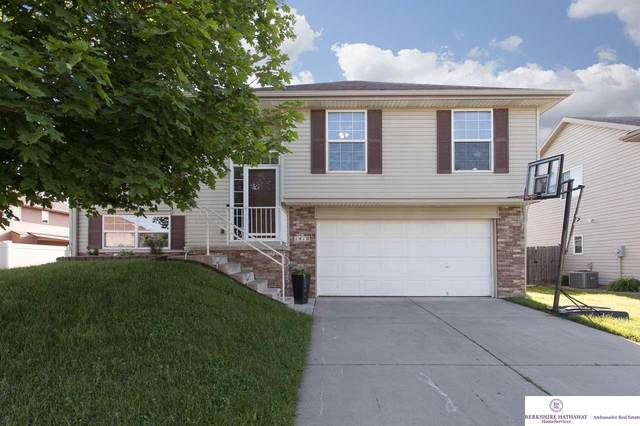 1410 S 12th Street, Council Bluffs, IA 51501 (MLS #22013468) :: Catalyst Real Estate Group