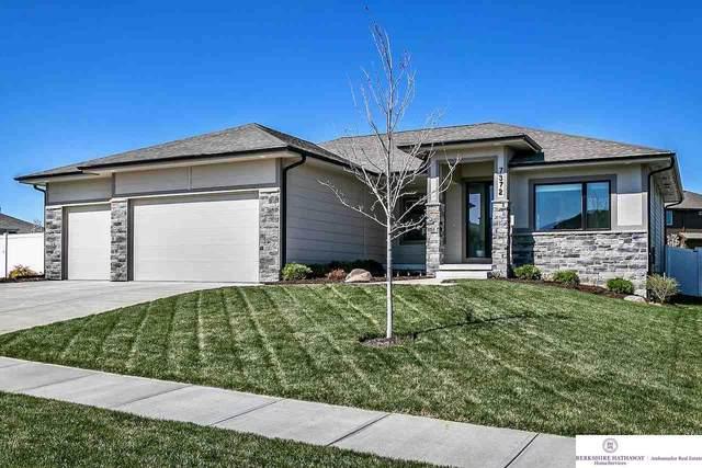 7372 N 169 Street, Bennington, NE 68007 (MLS #22013469) :: Omaha Real Estate Group