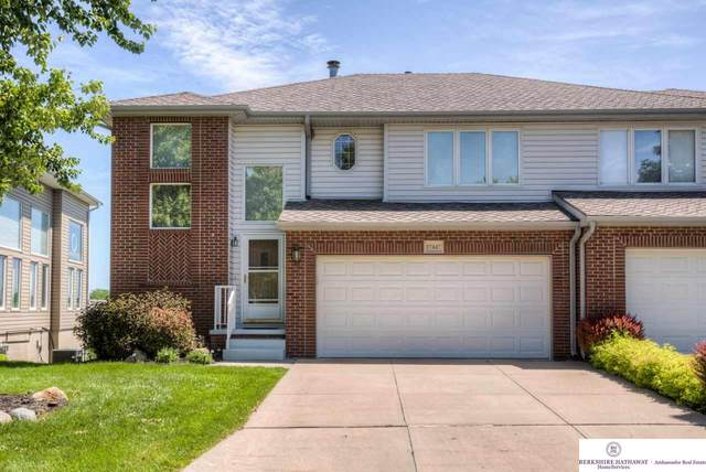 17447 Riviera Drive, Omaha, NE 68136 (MLS #22013472) :: Omaha Real Estate Group