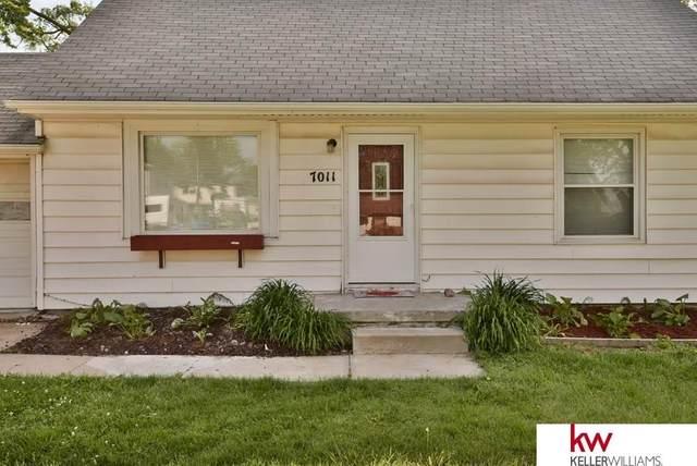 7011 S 39 Avenue, Bellevue, NE 68147 (MLS #22013475) :: Stuart & Associates Real Estate Group