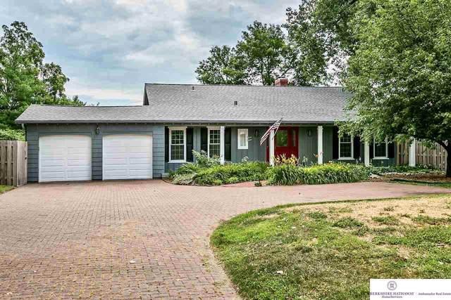 1111 S 84 Street, Omaha, NE 68124 (MLS #22013481) :: Stuart & Associates Real Estate Group