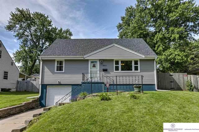 8811 Westridge Drive, Omaha, NE 68124 (MLS #22013485) :: Catalyst Real Estate Group