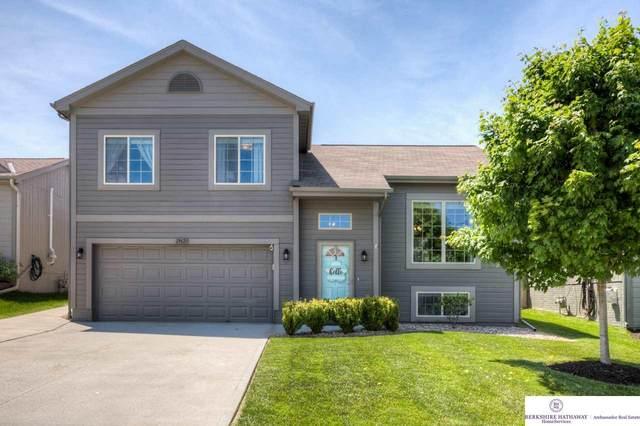19623 S Street, Omaha, NE 68135 (MLS #22013495) :: Omaha Real Estate Group