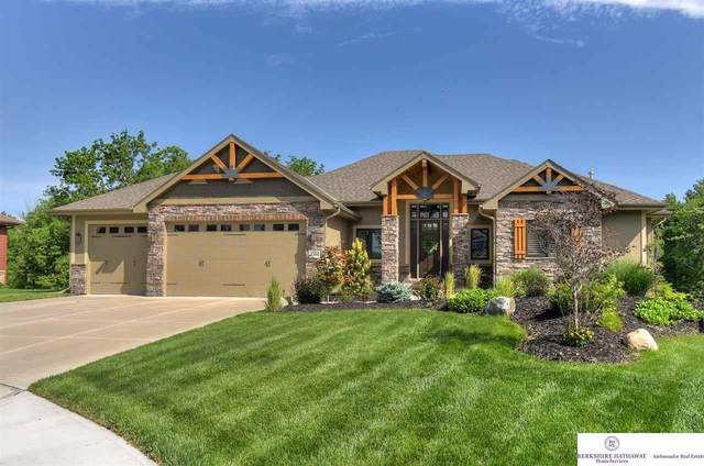 5266 Waterford Avenue Circle, Papillion, NE 68133 (MLS #22013499) :: Catalyst Real Estate Group