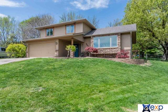 705 Vannornam Drive, Bellevue, NE 68005 (MLS #22013514) :: Stuart & Associates Real Estate Group