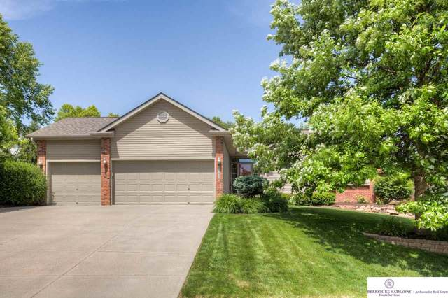 17638 Monroe Street, Omaha, NE 68135 (MLS #22013515) :: Stuart & Associates Real Estate Group