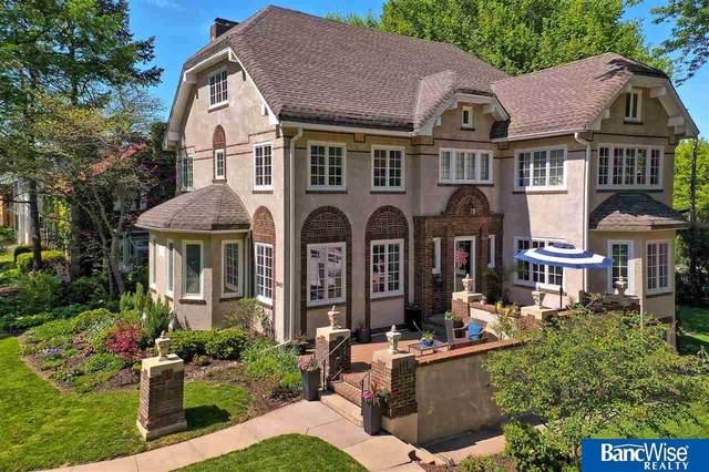 3042 Sheridan Boulevard, Lincoln, NE 68502 (MLS #22013539) :: Lincoln Select Real Estate Group