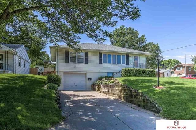 4731 B Street, Omaha, NE 68106 (MLS #22013541) :: Omaha Real Estate Group