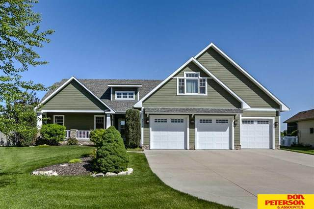 1139 Applewood Drive, Fremont, NE 68025 (MLS #22013570) :: Dodge County Realty Group