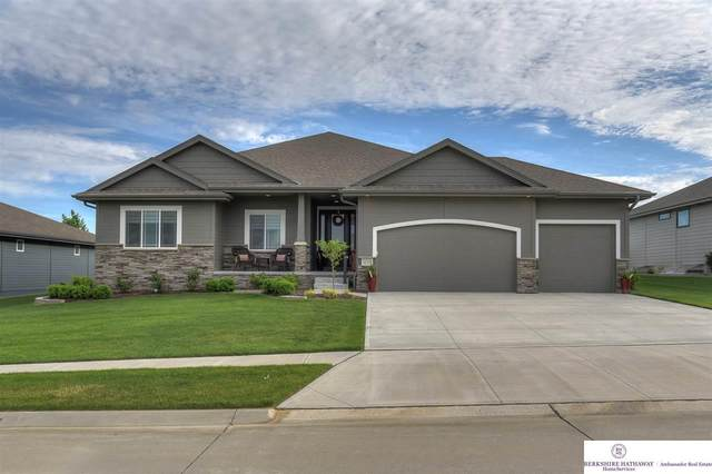 11518 Schirra Street, Papillion, NE 68046 (MLS #22013591) :: Dodge County Realty Group
