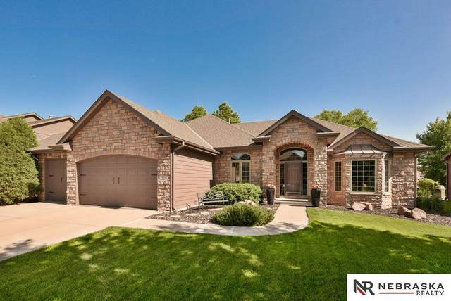19514 Jackson Street, Elkhorn, NE 68022 (MLS #22013597) :: Omaha Real Estate Group