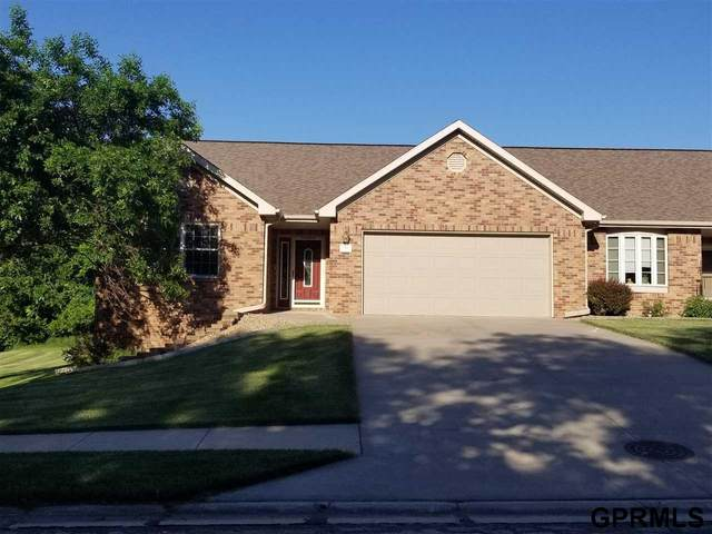 700 S 25 Street, Beatrice, NE 68310 (MLS #22013766) :: Complete Real Estate Group
