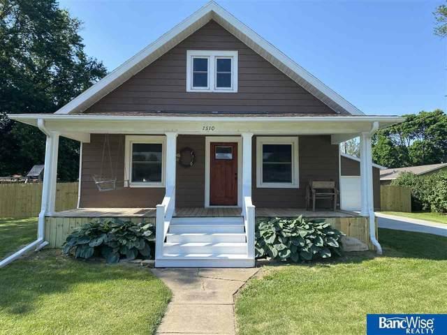 1510 Birch Street, Henderson, NE 68371 (MLS #22013883) :: kwELITE
