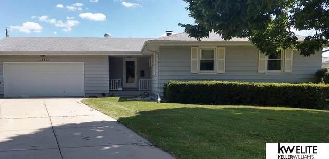 12411 Ohern Street, Omaha, NE 68137 (MLS #22014053) :: Lincoln Select Real Estate Group