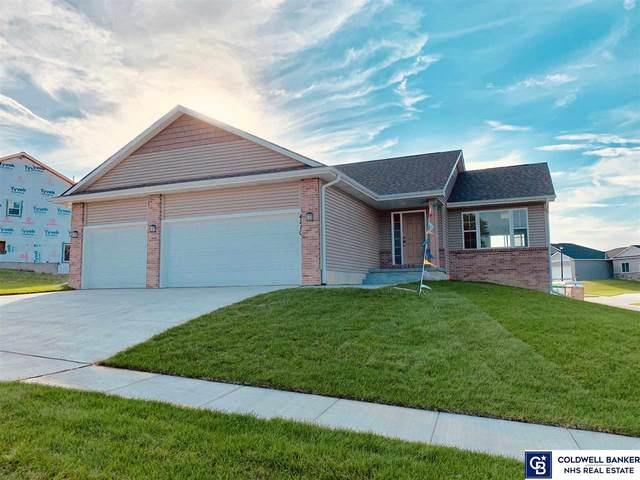 4210 W Rebecca Lane, Lincoln, NE 68528 (MLS #22014126) :: Dodge County Realty Group