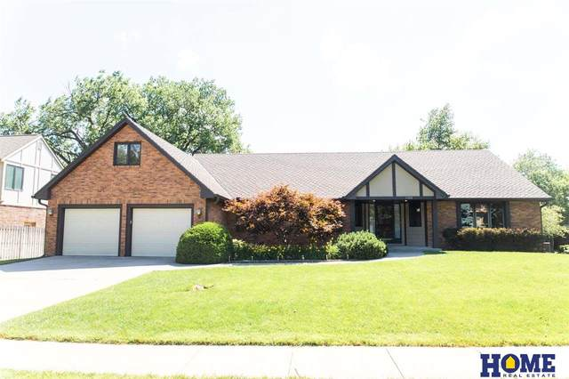 1320 Twin Ridge Road, Lincoln, NE 68510 (MLS #22014208) :: Omaha Real Estate Group