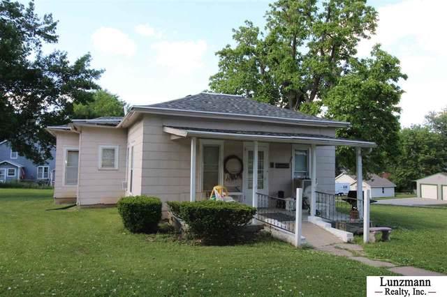806 14th Street, Auburn, NE 68305 (MLS #22014271) :: Omaha Real Estate Group