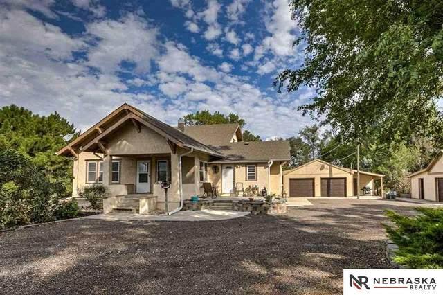 8201 N 276th Street, Valley, NE 68064 (MLS #22014562) :: One80 Group/Berkshire Hathaway HomeServices Ambassador Real Estate