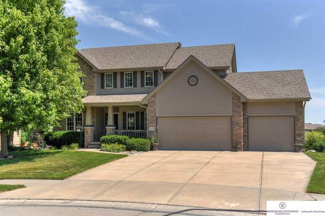 20167 George B Lake Parkway, Omaha, NE 68130 (MLS #22014598) :: Dodge County Realty Group