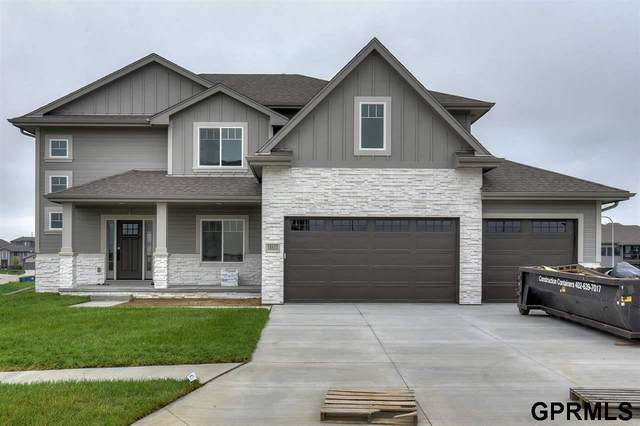 21815 H Street, Elkhorn, NE 68022 (MLS #22014809) :: The Briley Team
