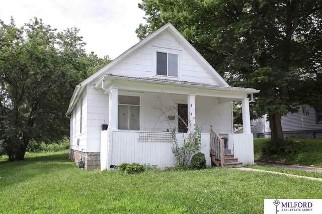4147 Lake Street, Omaha, NE 68111 (MLS #22014952) :: kwELITE