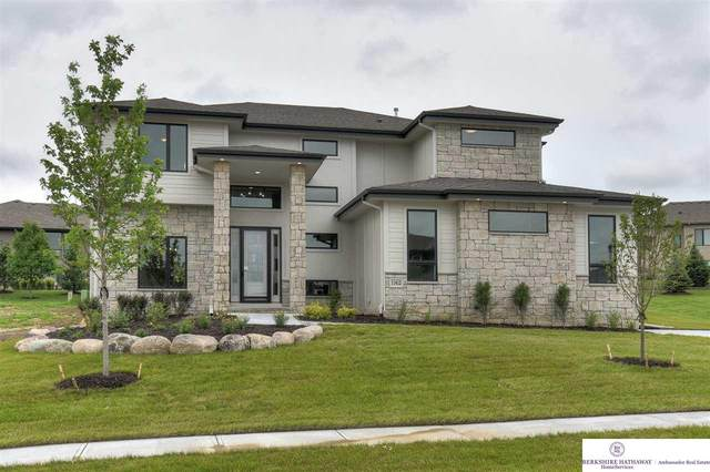11412 S 122nd Street, Papillion, NE 68046 (MLS #22015100) :: One80 Group/Berkshire Hathaway HomeServices Ambassador Real Estate