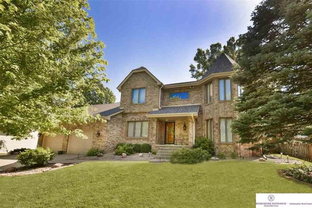 10412 Adams Drive, Omaha, NE 68127 (MLS #22015112) :: One80 Group/Berkshire Hathaway HomeServices Ambassador Real Estate