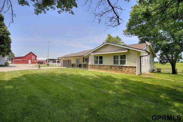 11329 Pawnee Road, Omaha, NE 68142 (MLS #22015116) :: Dodge County Realty Group