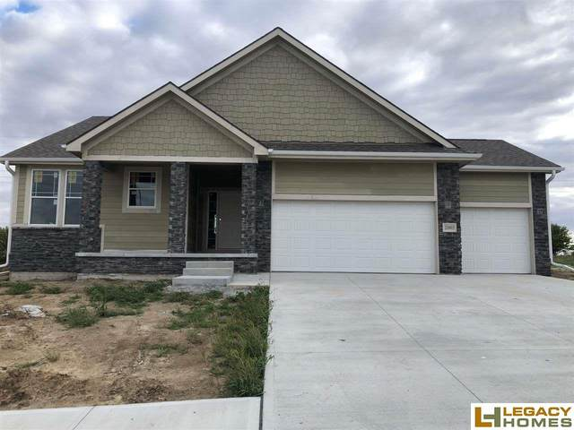20905 Jeannie Lane, Gretna, NE 68028 (MLS #22015128) :: The Homefront Team at Nebraska Realty