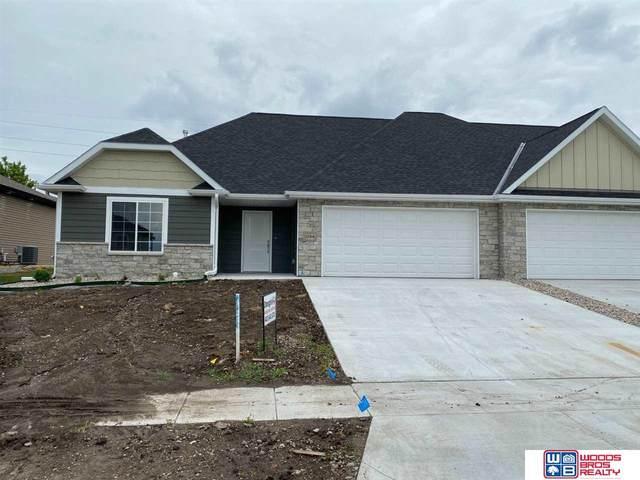 1196 Augusta Drive, Seward, NE 68434 (MLS #22015203) :: kwELITE