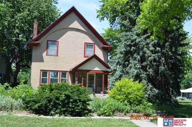 3240 W Street, Lincoln, NE 68503 (MLS #22015209) :: Lincoln Select Real Estate Group
