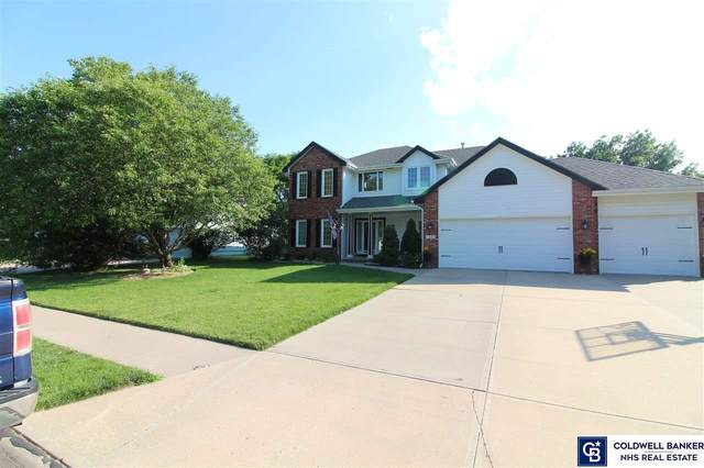 1202 Roland Drive, Papillion, NE 68046 (MLS #22015210) :: Cindy Andrew Group