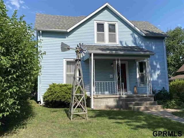 1024 B Street, Fairbury, NE 68352 (MLS #22015222) :: Dodge County Realty Group