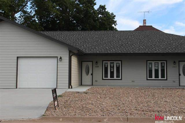 111 W Hickory Avenue, Sutton, NE 68979 (MLS #22015233) :: Omaha Real Estate Group