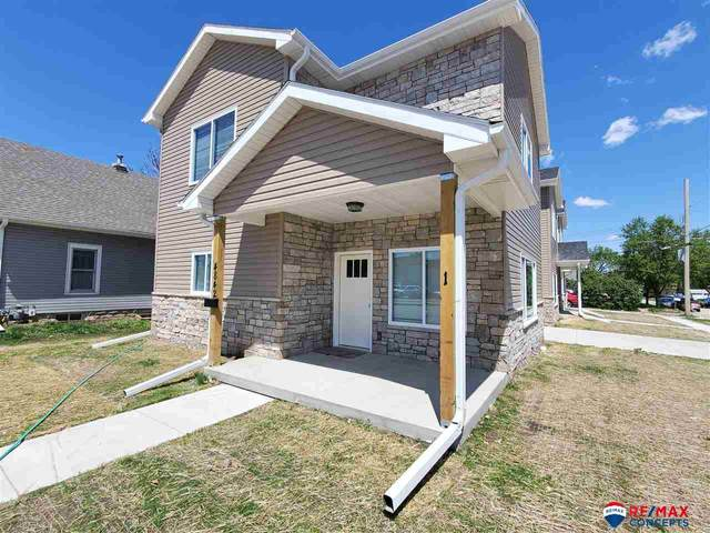 4842 Adams Street, Lincoln, NE 68504 (MLS #22015260) :: kwELITE