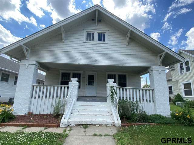 1121 E Street, Fairbury, NE 68352 (MLS #22015274) :: Dodge County Realty Group