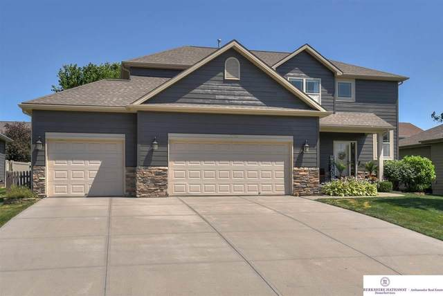 17056 Corby Street, Omaha, NE 68116 (MLS #22015396) :: Lincoln Select Real Estate Group